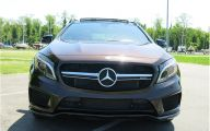2016 Mercedes Benz  Gla-Class 33 High Resolution Wallpaper