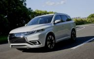 2016 Mitsubishi Outlander 3 Widescreen Car Wallpaper