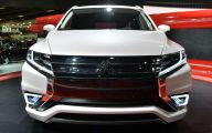 2016 Mitsubishi Outlander 34 Widescreen Wallpaper