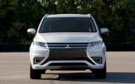 2016 Mitsubishi Outlander 42 Free Car Hd Wallpaper
