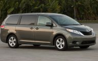 Toyota Vans 28 Cool Car Hd Wallpaper