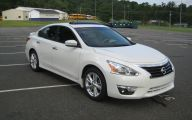 2013 Nissan Altima 15 Free Car Wallpaper