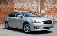 2013 Nissan Altima 2 Background