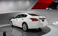 2013 Nissan Altima 25 Free Wallpaper