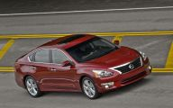 2013 Nissan Altima 29 Car Desktop Wallpaper