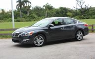 2013 Nissan Altima 30 High Resolution Car Wallpaper
