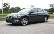 2013 Nissan Altima 35 Free Wallpaper