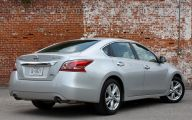 2013 Nissan Altima 6 High Resolution Wallpaper