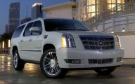 Cadillac Escalade 1 Widescreen Car Wallpaper