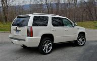 Cadillac Escalade 10 High Resolution Wallpaper