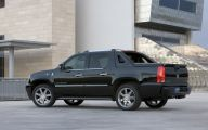 Cadillac Escalade 39 Free Wallpaper
