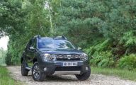 Dacia Duster 4X4 Preturi 24 Car Background