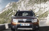 Dacia Duster 4X4 Preturi 42 Background