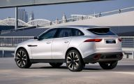 Jaguar Suv 23 Car Desktop Background
