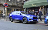 Jaguar Suv 37 Background Wallpaper
