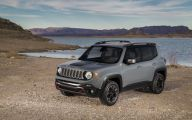 Jeep Renegade 25 Background