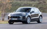 Porsche Macan 16 Background Wallpaper