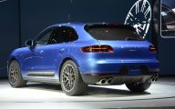 Porsche Macan 37 Car Background Wallpaper