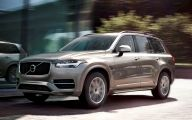 Volvo Xc90 19 Background Wallpaper