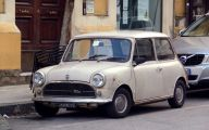 Innocenti Mini Mare 12 Wide Wallpaper