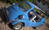 Innocenti Mini Mare 29 Background Wallpaper