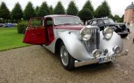 Jaguar Saloon 1 Wide Car Wallpaper