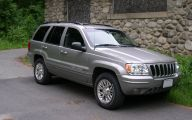 Jeep Grand Cherokee  13 Background