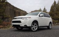 Mitsubishi Outlander 56 Wide Wallpaper