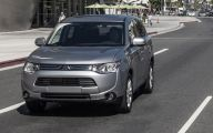 Mitsubishi Outlander 62 Free Wallpaper