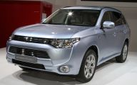 Mitsubishi Outlander 69 High Resolution Car Wallpaper