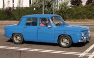 Old Renault Cars 15 Widescreen Wallpaper