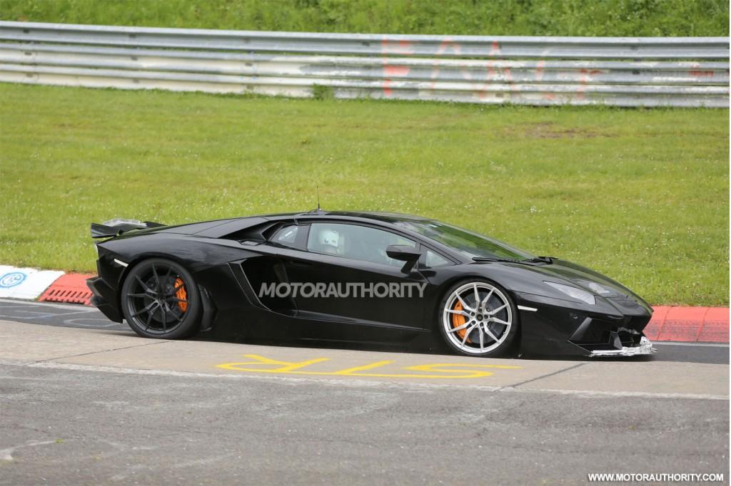LamborghiniAventador 10 Free Car Hd Wallpaper