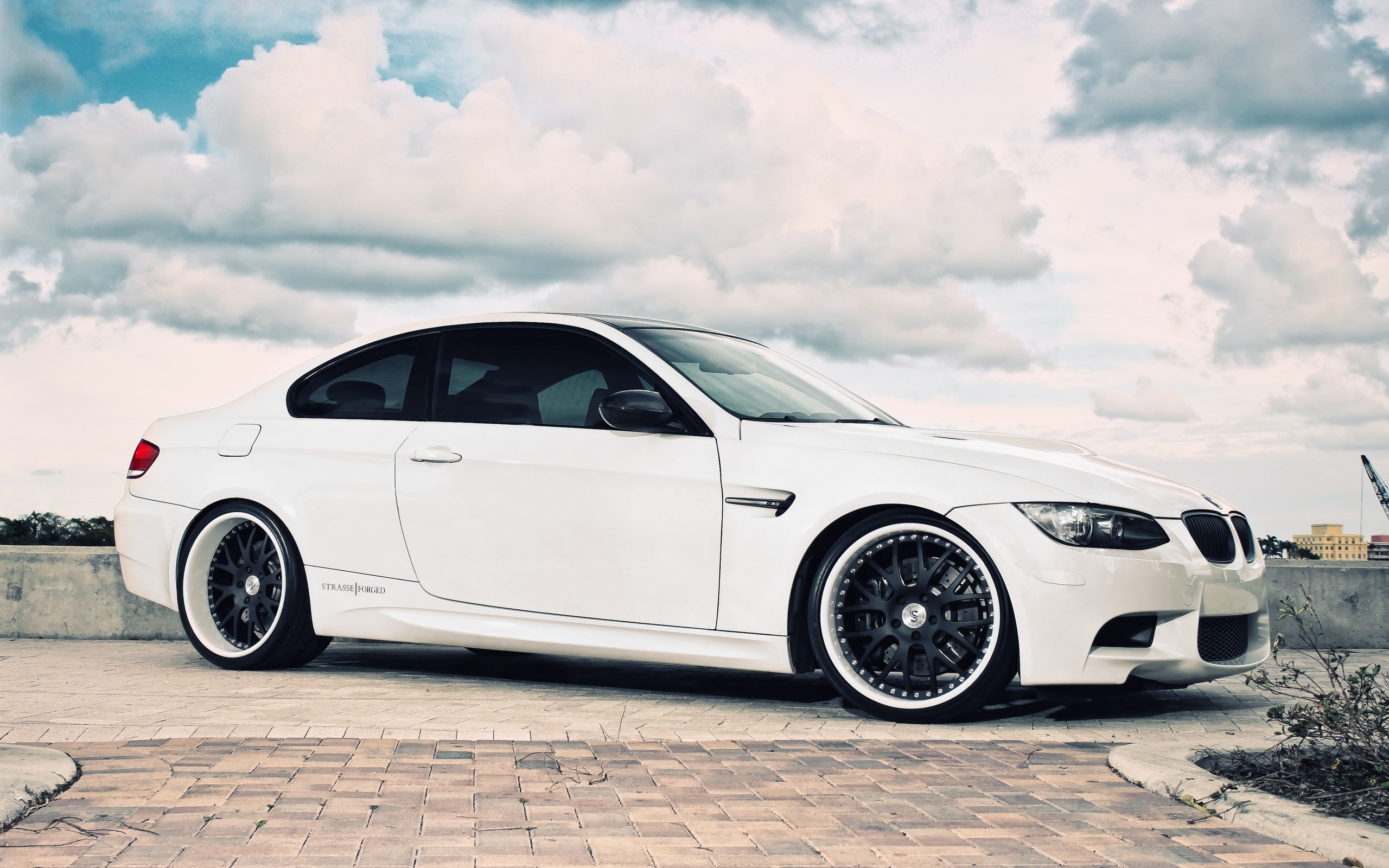 Luxury Bmw Cars 4 Wide Wallpaper