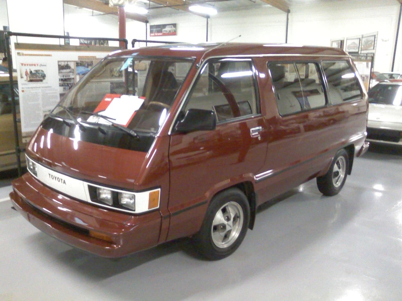 Toyota Vans 1 Widescreen Wallpaper