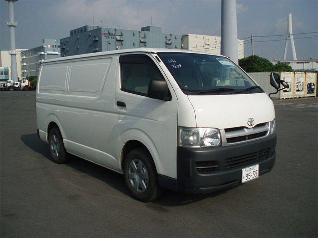 Toyota Vans 23 Cool Car Hd Wallpaper