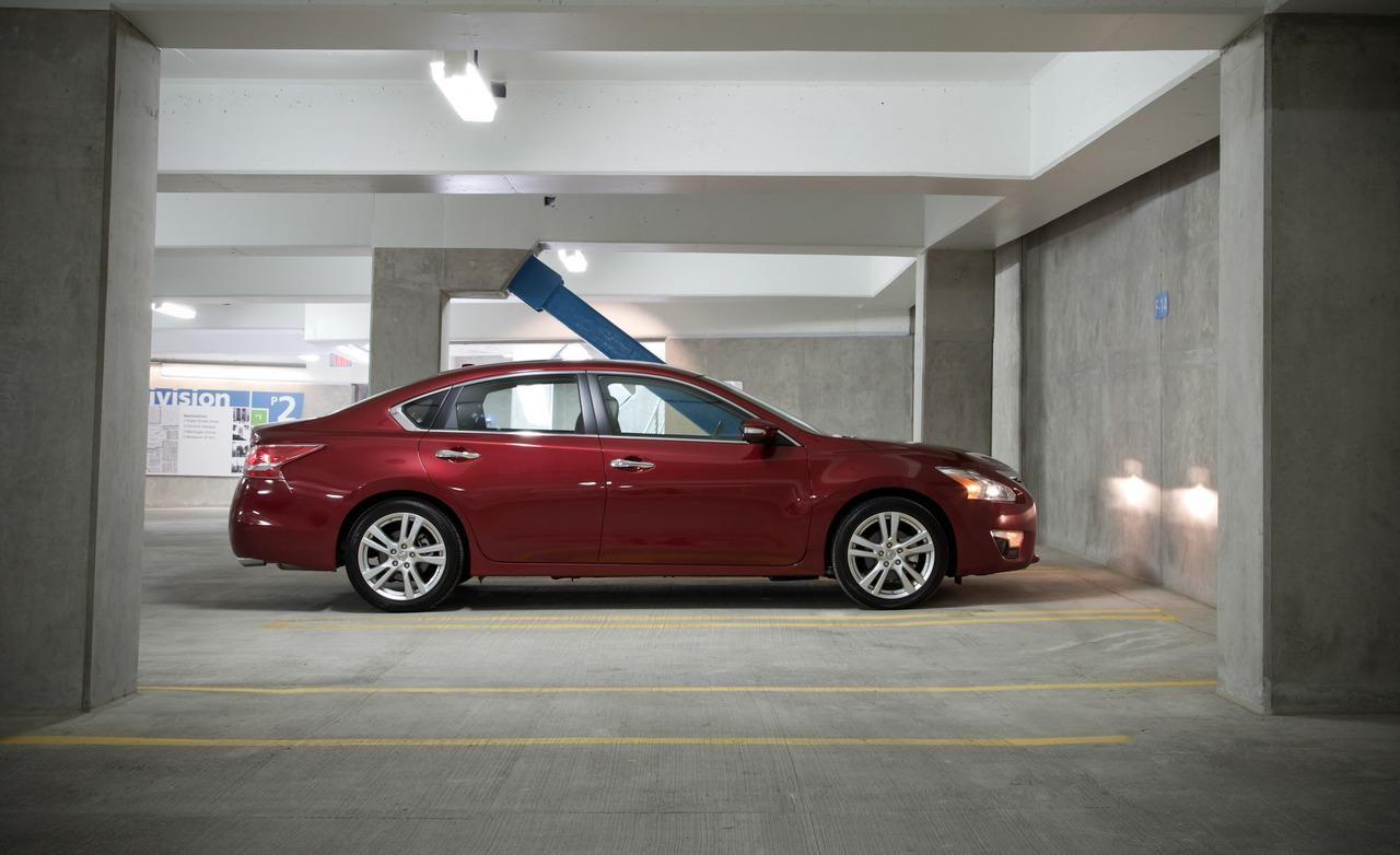 2013 Nissan Altima 20 Free Hd Wallpaper