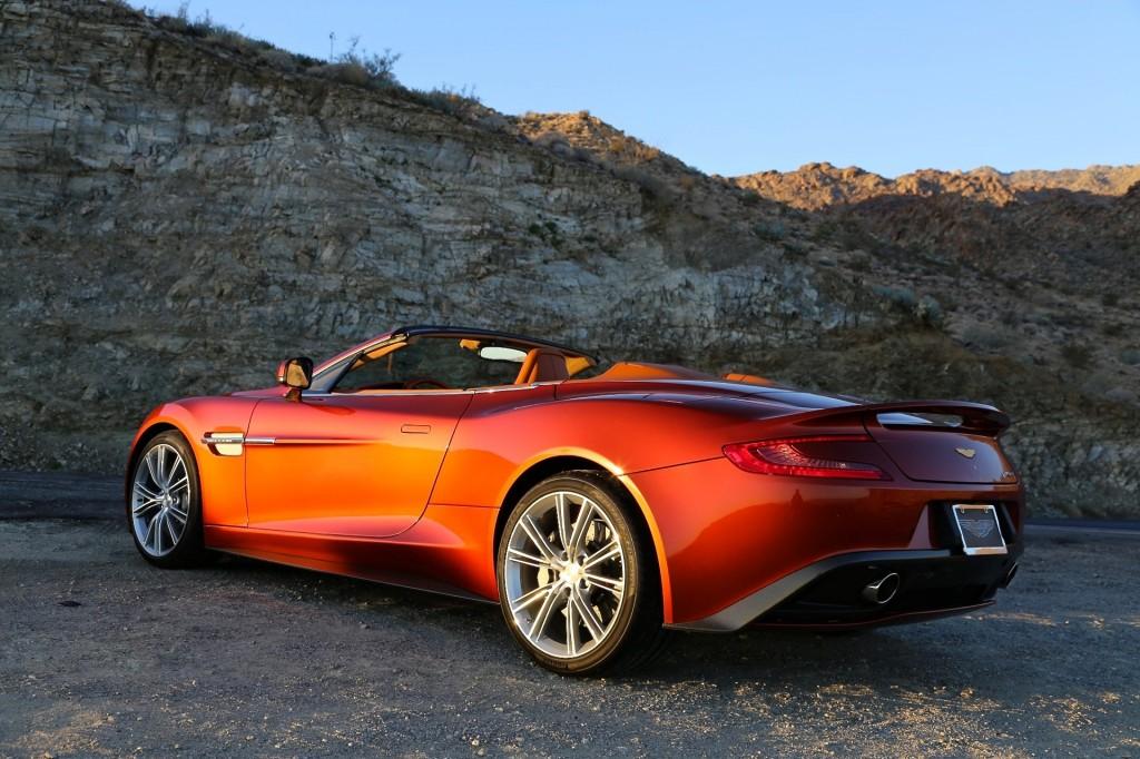 2014 Aston Martin Vanquish 33 Widescreen Wallpaper
