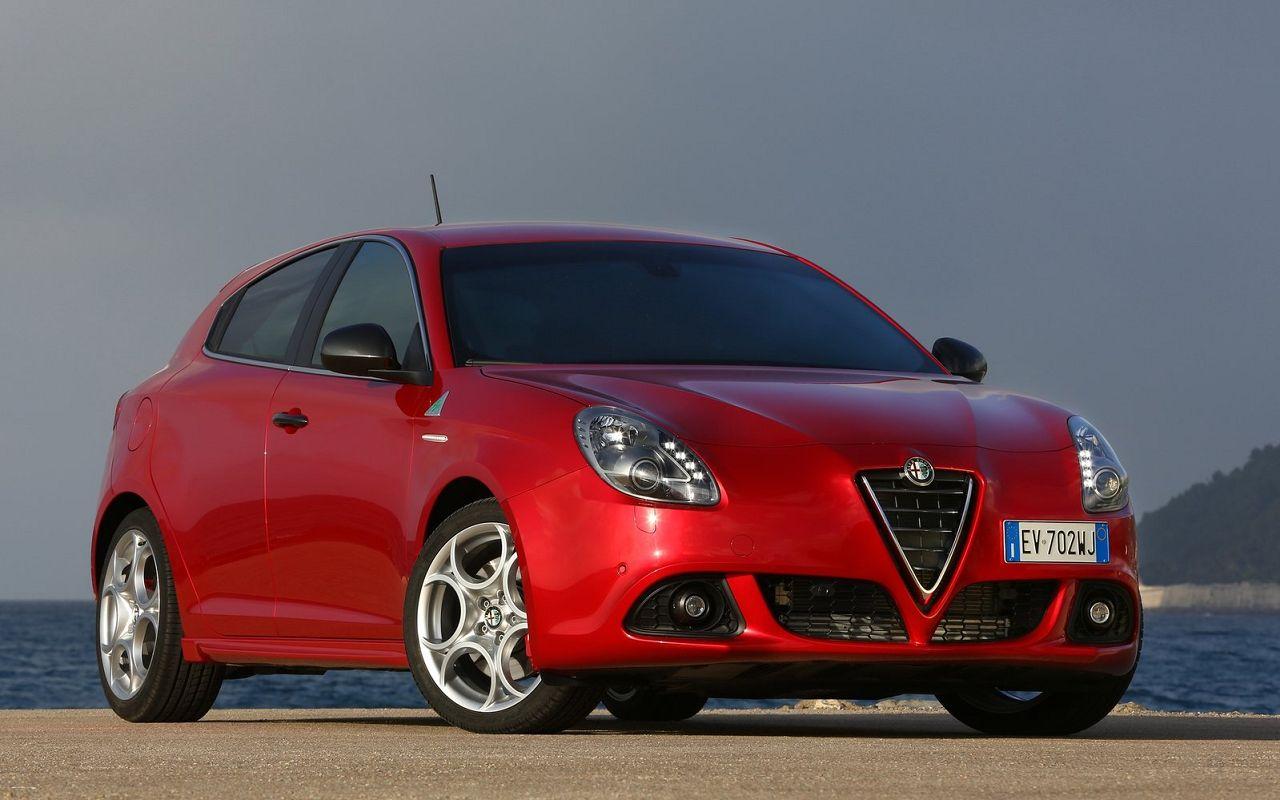 Alfa Romeo Models 37 Car Desktop Wallpaper