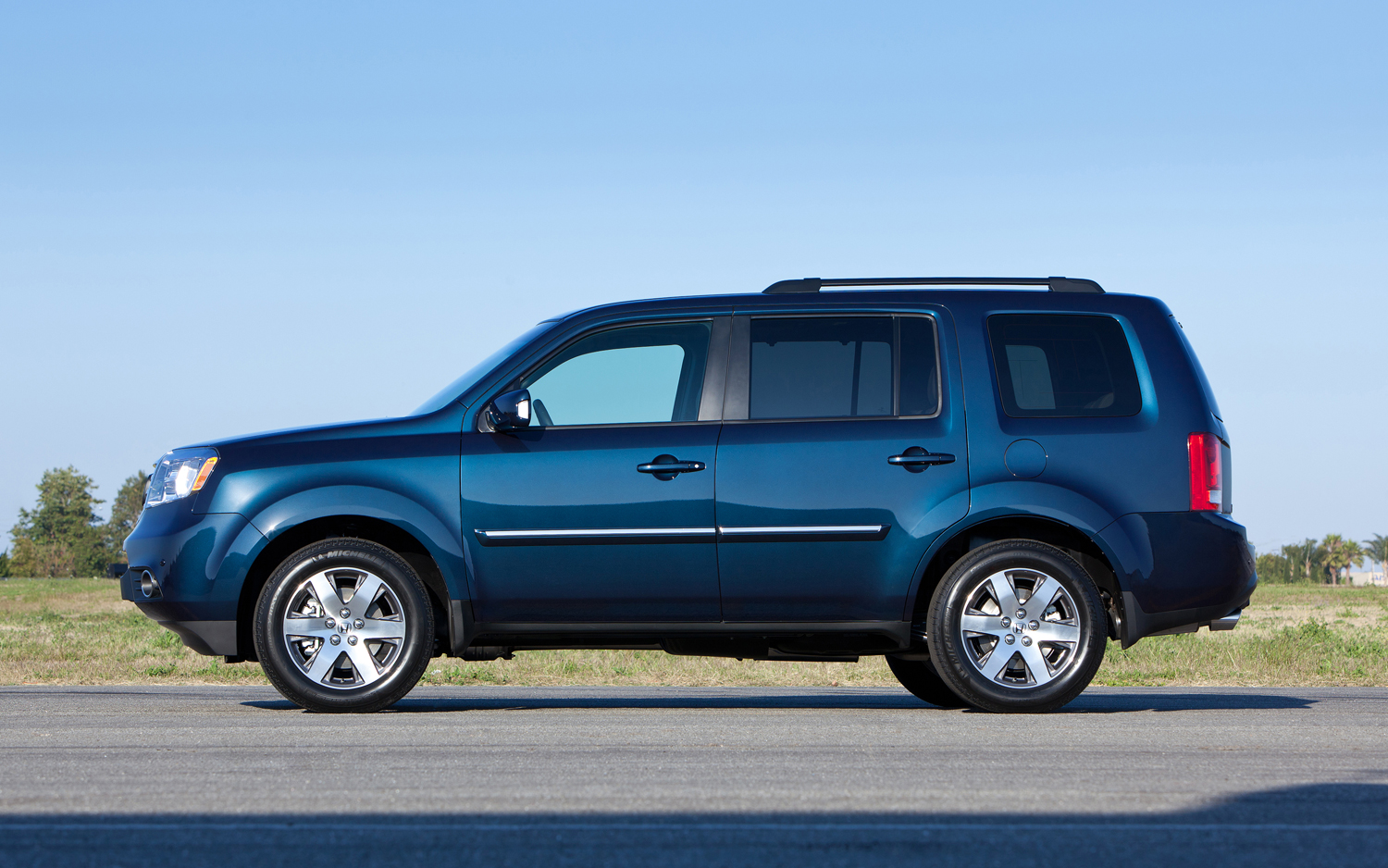 Honda Pilot 33 Wide Car Wallpaper