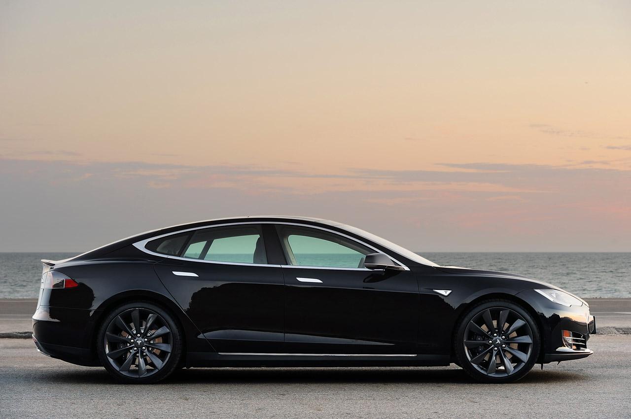 Tesla Model S 13 Car Desktop Background