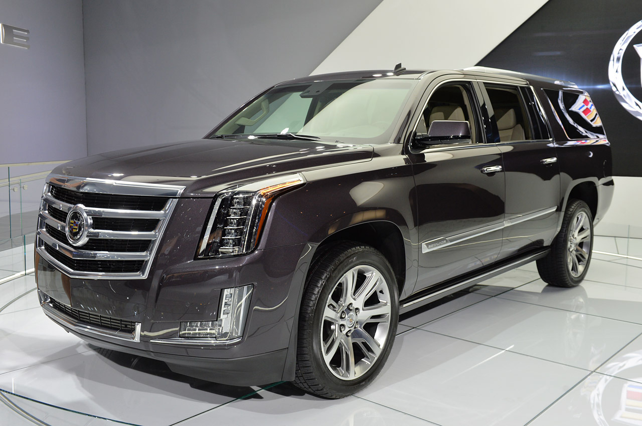 2016 Cadillac Escalade  2 Wide Car Wallpaper