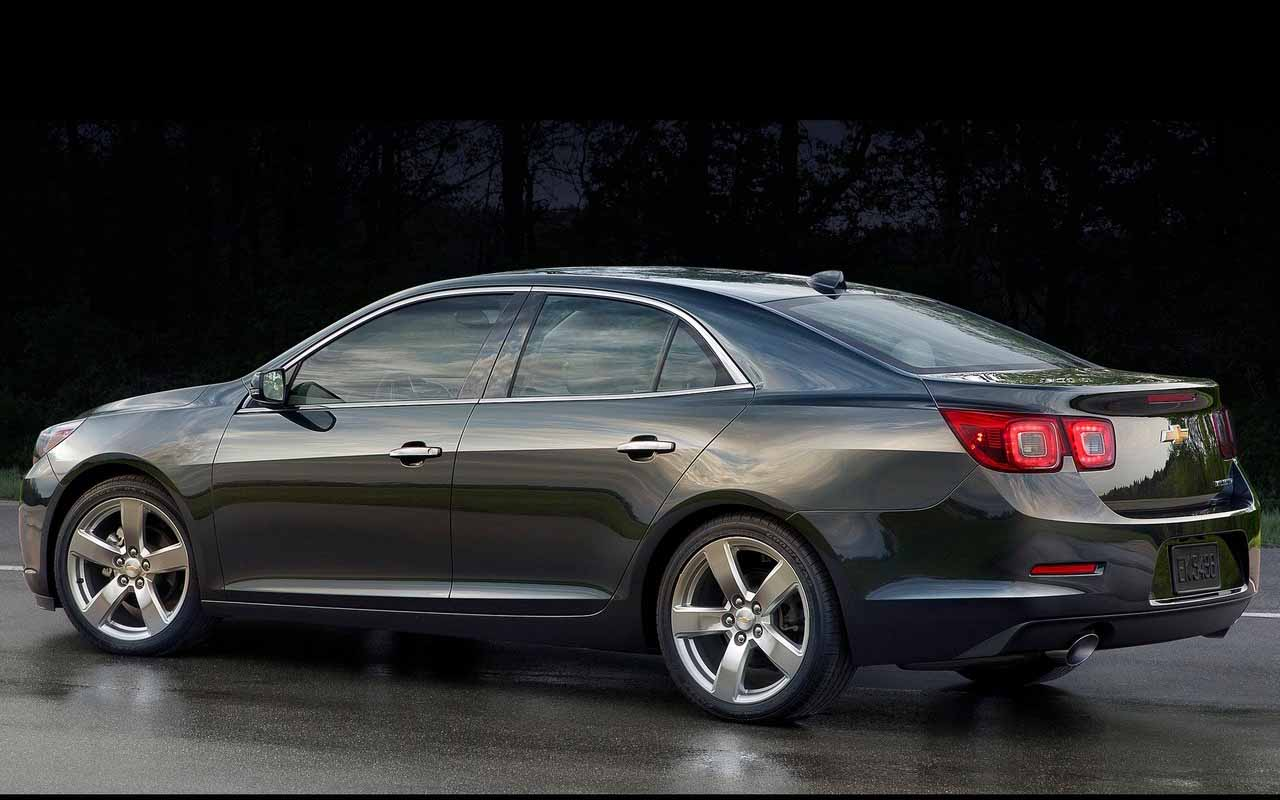 2016 Chevrolet Malibu 9 Car Background