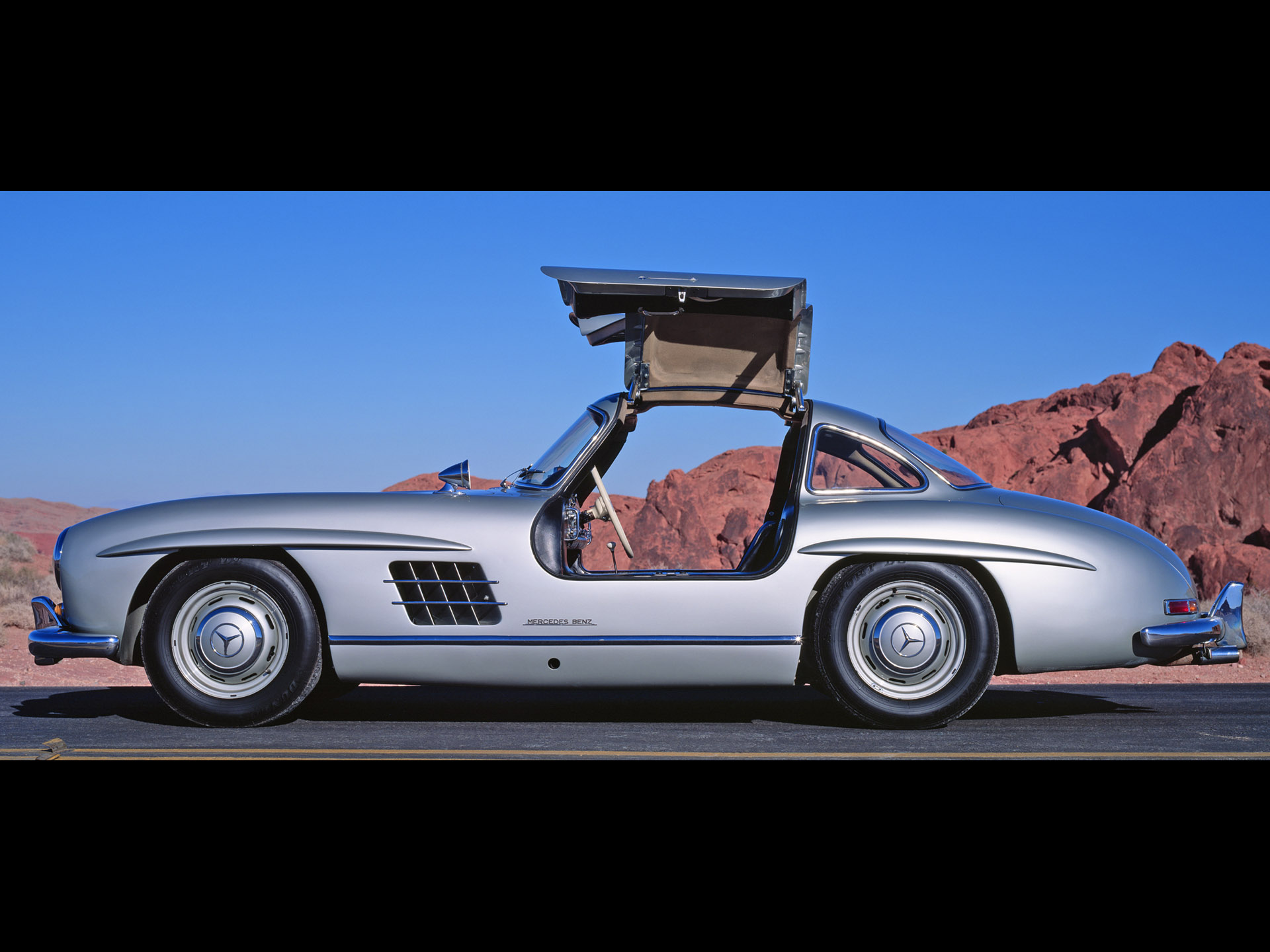 Mercedes-Benz 300Sl 10 Free Car Wallpaper